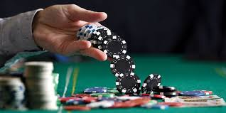 Poll: How A lot Do You Earn From Online Casino?